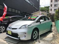 沖縄の中古車 トヨタ プリウス 車両価格 135万円 リ済込 平成26年 5.1万K シルバー
