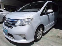 沖縄の中古車 日産 セレナ 車両価格 140万円 リ済込 平成25年 7.2万K シルバーM