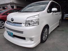 沖縄の中古車 トヨタ ヴォクシー 車両価格 105万円 リ済込 平成21年 9.6万K パール
