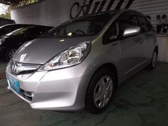 沖縄の中古車 ホンダ フィットハイブリッド 車両価格 73万円 リ済込 平成24年 6.4万K シルバー