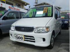 沖縄の中古車 ダイハツ ムーヴ 車両価格 34万円 リ済別 平成13年 8.9万K ホワイト