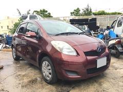 沖縄の中古車 トヨタ ヴィッツ 車両価格 39万円 リ済込 平成22年 7.6万K ブラウンM