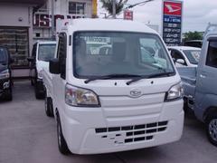 沖縄の中古車 ダイハツ ハイゼットトラック 車両価格 76万円 リ済込 平成29年 6K ホワイト
