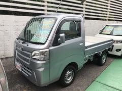 沖縄の中古車 ダイハツ ハイゼットトラック 車両価格 89万円 リ済込 平成27年 5.3万K シルバー