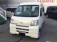 沖縄の中古車 ダイハツ ハイゼットカーゴ 車両価格 74万円 リ済別 平成29年 7K ホワイト