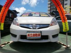 沖縄の中古車 ホンダ フィットシャトルハイブリッド 車両価格 69万円 リ済込 平成24年 8.1万K ホワイト