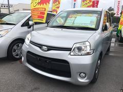 沖縄の中古車 トヨタ シエンタ 車両価格 66万円 リ済込 平成25年 8.9万K シルバー