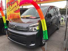 沖縄の中古車 トヨタ ヴォクシー 車両価格 76万円 リ済込 平成22年 8.1万K グレー