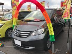 沖縄の中古車 ホンダ フリード 車両価格 55万円 リ済込 平成22年 9.2万K グレー