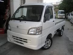 沖縄の中古車 ダイハツ ハイゼットトラック 車両価格 39万円 リ済込 平成17年 15.5万K ホワイト