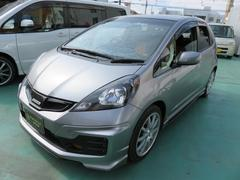 沖縄の中古車 ホンダ フィット 車両価格 99万円 リ済込 平成23年 6.3万K グレー
