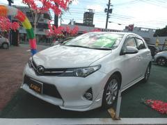 沖縄の中古車 トヨタ オーリス 車両価格 130万円 リ済込 平成24年 6.1万K パールホワイト