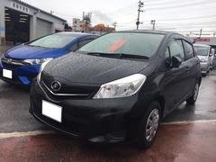 沖縄の中古車 トヨタ ヴィッツ 車両価格 66万円 リ済別 平成24年 5.0万K ブラック