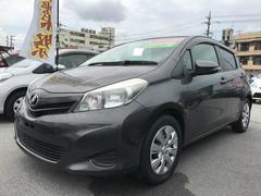 沖縄の中古車 トヨタ ヴィッツ 車両価格 69万円 リ済別 平成23年 5.2万K グレー