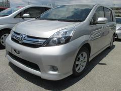 沖縄の中古車 トヨタ アイシス 車両価格 94万円 リ済別 平成25年 7.8万K シルバーM