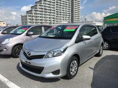 沖縄の中古車 トヨタ ヴィッツ 車両価格 70.2万円 リ済別 平成24年 5.2万K シルバー