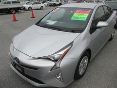 沖縄の中古車 トヨタ プリウス 車両価格 237.6万円 リ済別 平成29年 0.4万K シルバーM