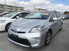 沖縄の中古車 トヨタ プリウス 車両価格 162万円 リ済別 平成27年 3.5万K シルバー