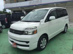 沖縄の中古車 トヨタ ヴォクシー 車両価格 28万円 リ済込 平成17年 10.0万K パール