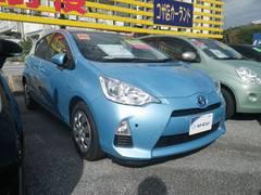 沖縄の中古車 トヨタ アクア 車両価格 129.6万円 リ済別 平成26年 4.5万K ブルー