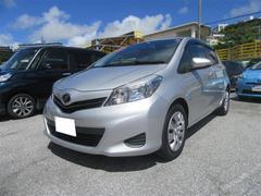 沖縄の中古車 トヨタ ヴィッツ 車両価格 86.4万円 リ済別 平成24年 4.1万K シルバーM