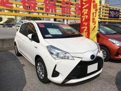 沖縄の中古車 トヨタ ヴィッツ 車両価格 156.6万円 リ済別 平成29年 2.0万K ホワイト
