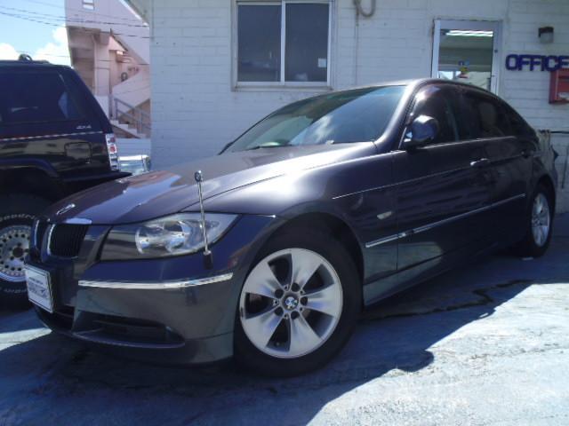 BMW 3シリーズ 320i ワンオーナー 黒革張りシート サンル...