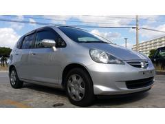 沖縄の中古車 ホンダ フィット 車両価格 17万円 リ済込 平成19年 11.5万K シルバー