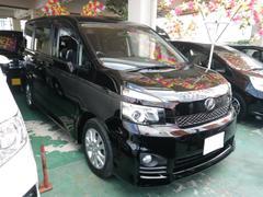 沖縄の中古車 トヨタ ヴォクシー 車両価格 119万円 リ済込 平成22年 9.1万K ブラック