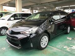 沖縄の中古車 トヨタ プリウスアルファ 車両価格 189万円 リ済込 平成27年 3.2万K ブラック