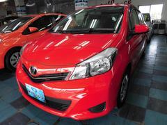 沖縄の中古車 トヨタ ヴィッツ 車両価格 68万円 リ済込 平成24年 3.4万K レッド