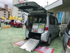 沖縄の中古車 ダイハツ タント 車両価格 67万円 リ済別 平成22年 7.9万K シルバー