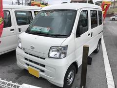 沖縄の中古車 ダイハツ ハイゼットカーゴ 車両価格 107万円 リ済別 平成29年 5K ホワイト