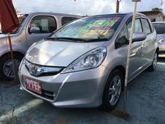 沖縄の中古車 ホンダ フィットハイブリッド 車両価格 58万円 リ済込 平成23年 8.5万K アラバスターシルバーメタリック