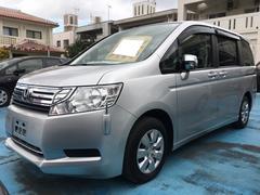 沖縄の中古車 ホンダ ステップワゴン 車両価格 90万円 リ済込 平成23年 8.2万K スーパープラチナメタリック