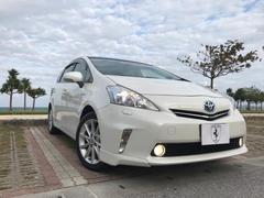 沖縄の中古車 トヨタ プリウスアルファ 車両価格 188万円 リ済込 平成23年 3.7万K ホワイトパールクリスタルシャイン