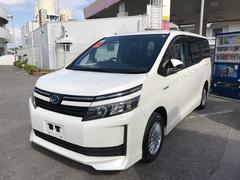 沖縄の中古車 トヨタ ヴォクシー 車両価格 235万円 リ済別 平成26年 4.2万K パールホワイト