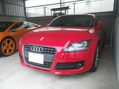 沖縄の中古車 アウディ アウディ TTクーペ 車両価格 130万円 リ済込 2008年 10.6万K レッドM