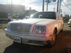 沖縄の中古車 トヨタ センチュリー 車両価格 105万円 リ済込 平成13年 12.0万K パールホワイト