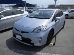 沖縄の中古車 トヨタ プリウス 車両価格 178万円 リ済別 平成27年 2.1万K シルバー