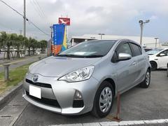 沖縄の中古車 トヨタ アクア 車両価格 98万円 リ済別 平成25年 5.3万K シルバー