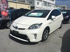 沖縄の中古車 トヨタ プリウス 車両価格 155万円 リ済別 平成25年 2.2万K パールホワイト