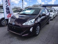 沖縄の中古車 トヨタ アクア 車両価格 149万円 リ済別 平成27年 3.3万K ダークパープル