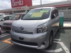 沖縄の中古車 トヨタ ヴォクシー 車両価格 79万円 リ済別 平成20年 8.6万K シルバー