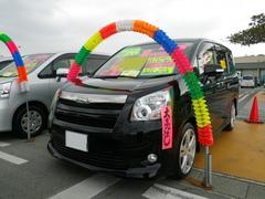 沖縄の中古車 トヨタ ノア 車両価格 124万円 リ済込 平成21年 8.0万K ブラック