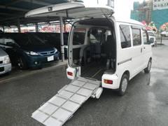 沖縄の中古車 ダイハツ ハイゼットカーゴ 車両価格 31万円 リ済込 平成19年 14.7万K ホワイト