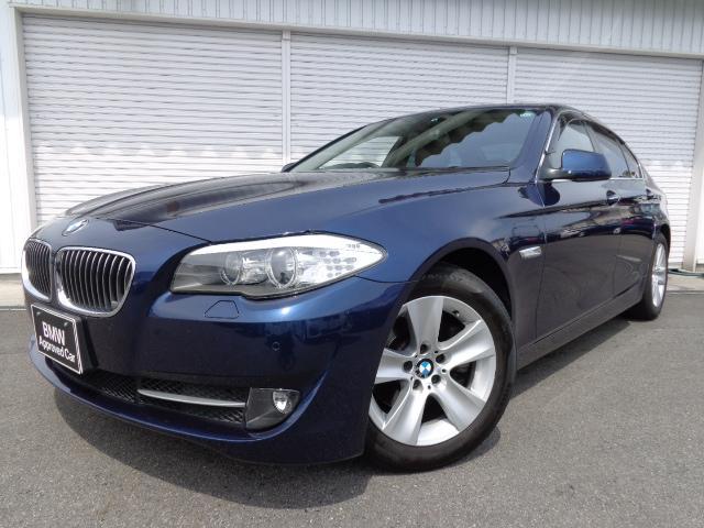 BMW 5シリーズ 528i黒革ウッドP直6EGガレージ保管禁煙1...