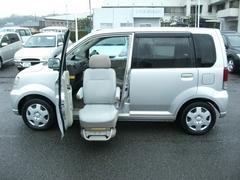 eKワゴン福祉車両 助手席電動リフトアップシート