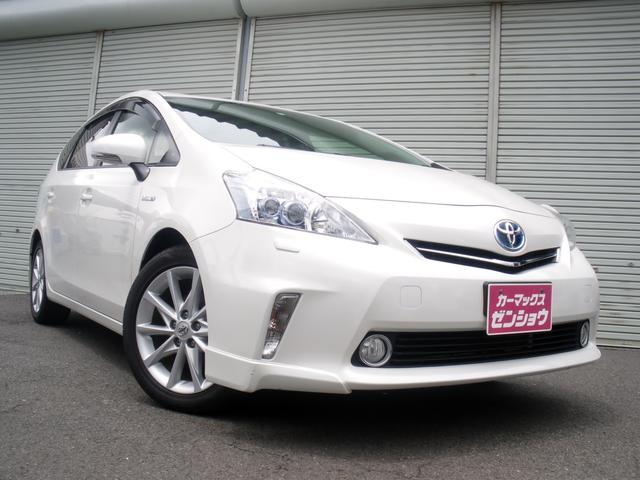 Toyota Prius Alpha G Touring Selection 2012 Pearl 66 927 Km