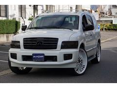 インフィニティ QX56ベースグレード 4WD 黒革 サンルーフ 26インチAW